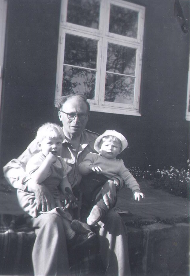 Olaf la Cour with Steen and grandfather Anton, Pedersker, Bornholm
