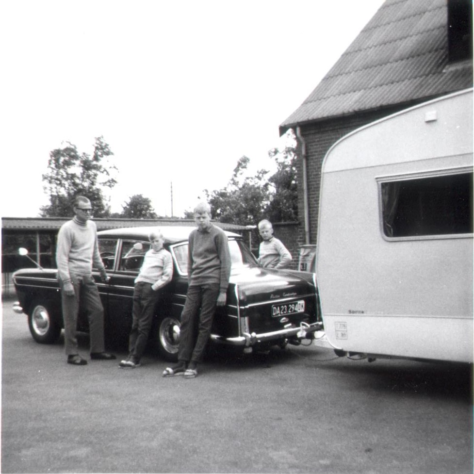 Olaf la Cour, summer 1968, Departure to Africa by caravan, with my father and brothers